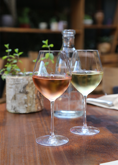 $6 Wine at Pono Burger Happy Hour in West Hollywood